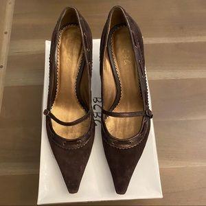 BCBG Paris Chocolate Brown Suede Kitten Heels